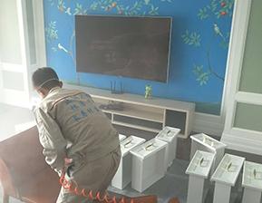 主卧室皮椅治理施工图片